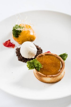 tart with ice cream