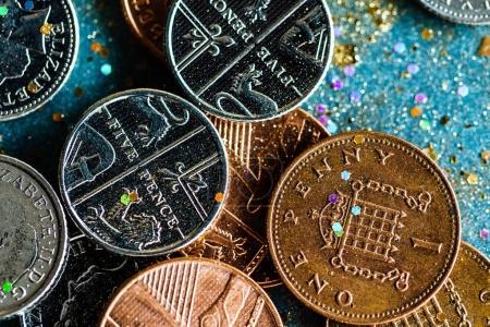 Pile english coins