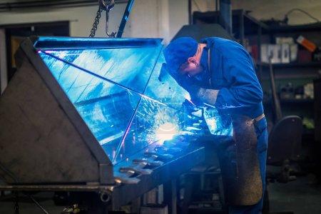 Worker in metal industry