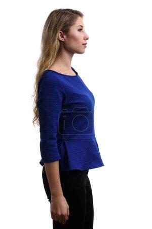 Photo pour Portrait de profil de belle jeune fille. Isolé sur fond blanc - image libre de droit