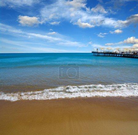 Photo pour Plage et mer sur ciel - image libre de droit