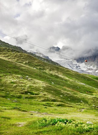 Photo pour Vue panoramique des Alpes, suisses en Suisse - image libre de droit