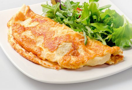 Omelette with fresh salad
