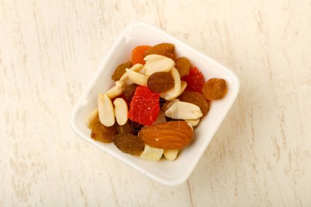 Nut and dry fruit mix