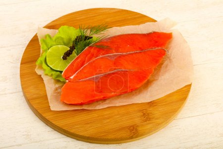 Salted salmon with lime and dill