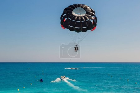 Parasailing with boat in Nice