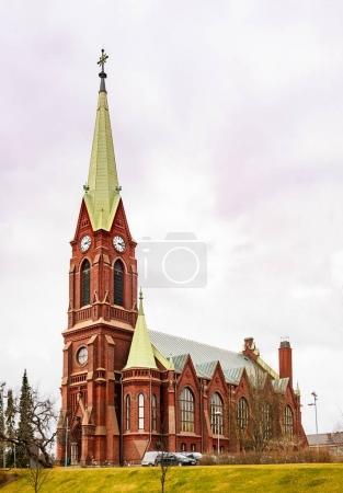 Photo pour Vue sur la cathédrale de Mikkeli, Finlande orientale - image libre de droit