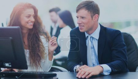 Businessman and businesswoman meeting In modern office