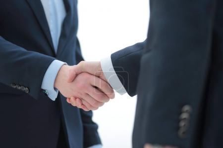 Photo pour Concept de partenariat et de coopération. poignée de main hommes d'affaires réussis - image libre de droit