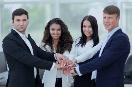 Photo pour Concept de coopération réussie.équipe d'affaires professionnelle - image libre de droit