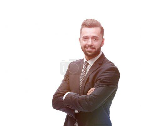 Homme d'affaires décontractée avec les bras croisés
