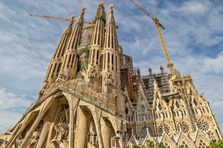 BARCELONA, SPAIN - SEPTEMBER 3: Sagrada Familia fa...