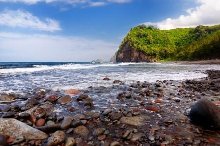 rocky beach of Pololu Valley
