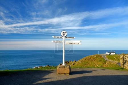 Distance signpost at Land's End