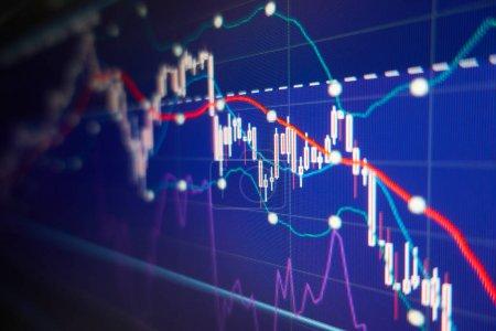 Photo pour Crise économique - Graphiques et graphiques boursiers - Contexte financier et commercial - image libre de droit