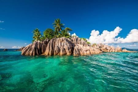 Photo pour Belle île Saint-Pierre aux Seychelles - image libre de droit