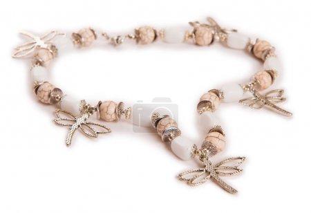 Photo pour Jolis bijoux isolés sur fond blanc - image libre de droit