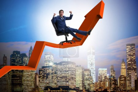 Photo pour Concept d'homme d'affaires en croissance économique - image libre de droit