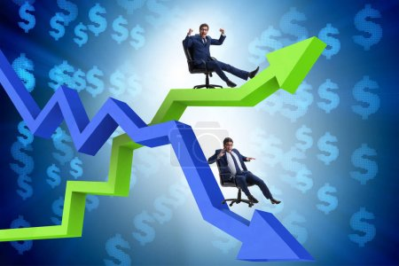Photo pour Concept de croissance et de déclin avec les hommes d'affaires - image libre de droit