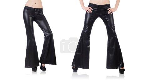Photo pour Pantalons à fond de cloche en cuir noir - image libre de droit