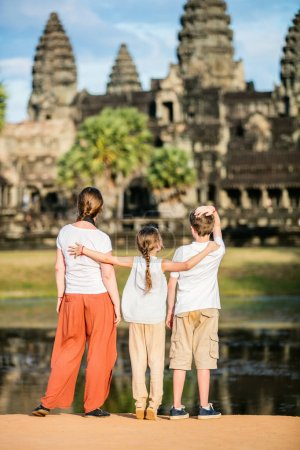 Family at Angkor Wat temple