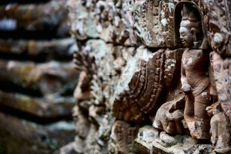 Stone carvings in Angkor