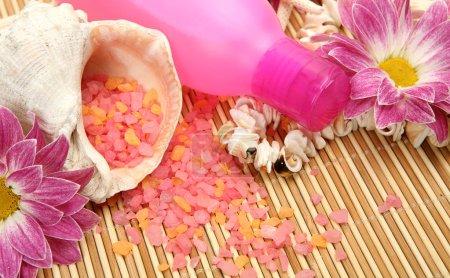 Photo pour Hair and skin care items - image libre de droit