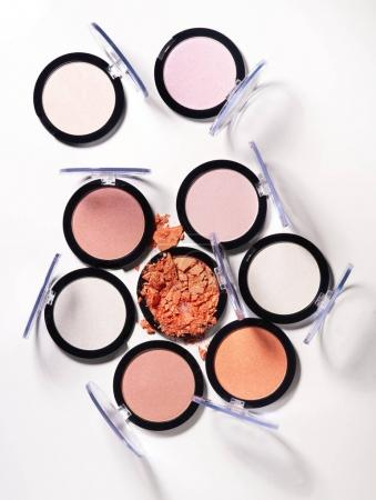 Make up glamour powder and eyeshadows palettes
