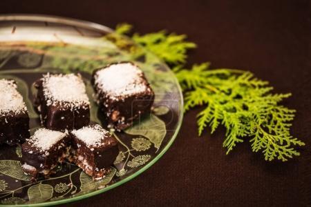 Portioned chocolate desserts