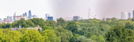 London skyline, beautiful panoramic view from city hill