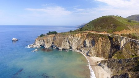 Aerial view of Bixby Bridge in Big Sur, California