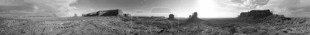 Photo pour Vue panoramique aérienne du scénario de Monument Valley au lever du soleil . - image libre de droit
