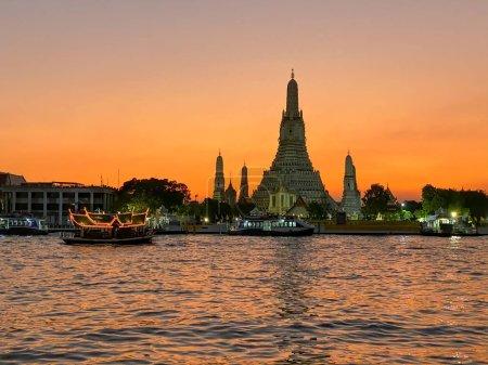 Photo for Wat Arun and Chao Phraya at sunset, Bangkok. - Royalty Free Image