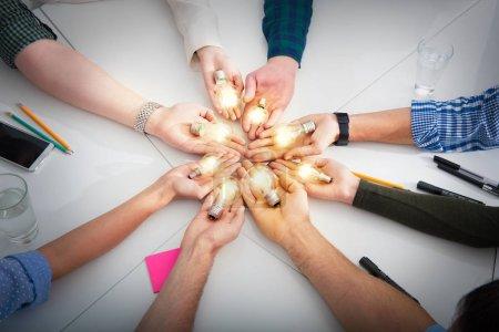 Concept de travail d'équipe et de remue-méninges