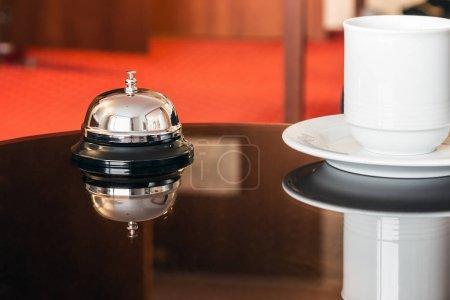 concierge des hotels service glocke in