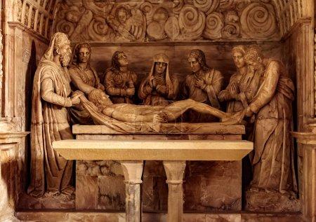 Photo pour Couché dans la tombe après la crucifixion de Jésus - image libre de droit