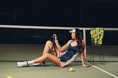 Brunette female tennis player