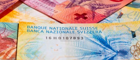 Collection of new swiss banknotes (issued in 2017)...