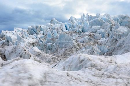 Photo pour Pics aigus du glacier Falljokull (glacier Falling) en islandais - image libre de droit