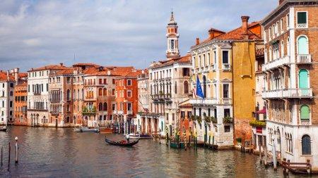 Venice buildings under cloudy sky
