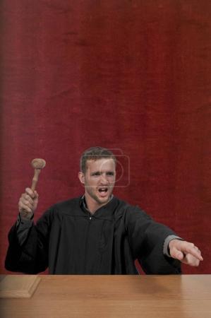 Photo pour Appels suprêmes de district masculin ou juge ou magistrat de la Cour supérieure - image libre de droit