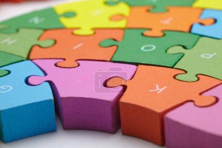 color puzzle peices