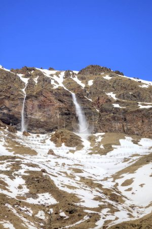 Elbrus. Tails of avalanche