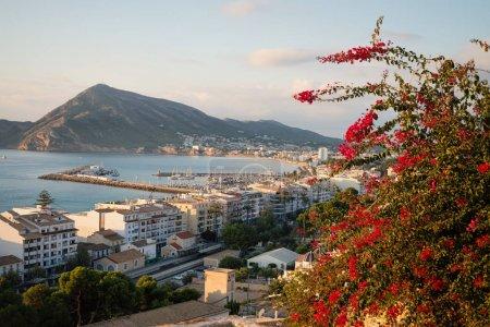 Photo pour Emplacement pittoresque de la vieille ville d'Altea, Costa Blanca, Alicante, Espagne - image libre de droit