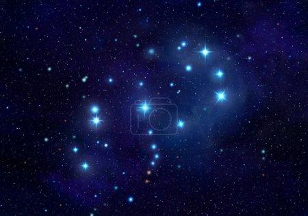 Photo pour Pléiades ou sept sœurs Constellation dans le ciel nocturne Illustration - image libre de droit