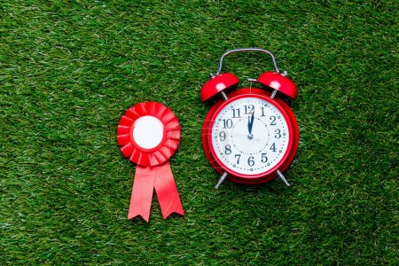 Red reward and alarm clock