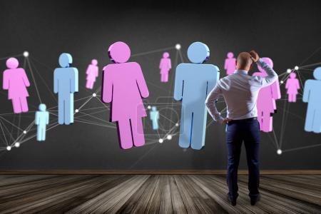 Photo pour Vue d'un couple d'hommes et de femmes se rencontrant sur internet - rendu 3D - image libre de droit