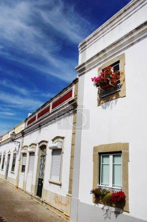 Foto de Calle típica de Sao Bras de Alportel, Algarve, Portugal - Imagen libre de derechos