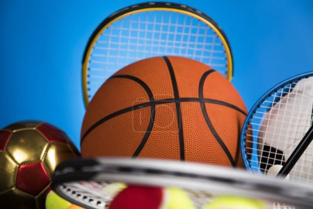 Sportbälle mit Ausrüstung, Siegerhintergrund