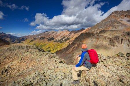Photo pour Randonnées pédestres dans les montagnes Rocheuses, Colorado en automne - image libre de droit